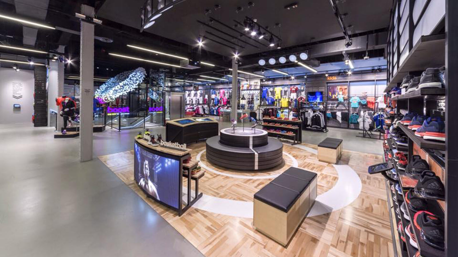 Adidas Store Internal - Mace Group